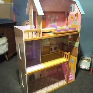 Other - Large dollhouse